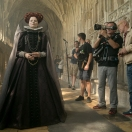 4113_D011_00392_RC Actor Margot Robbie (left), Director of Photography John Mathieson (right) and crew members on the set of MARY QUEEN OF SCOTS, a Focus Features release. Credit: Liam Daniel / Focus Features