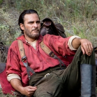 "Joaquin Phoenix stars as ""Charlie Sisters"" in Jacques Audiard's THE SISTERS BROTHERS, an Annapurna Pictures release. Credit : Magali Bragard / Annapurna Pictures"